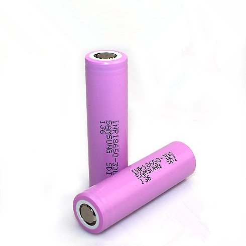 Samsung 30Q 18650 3000mAh 15A Battery | The Vapor Studio Austin's Favorite